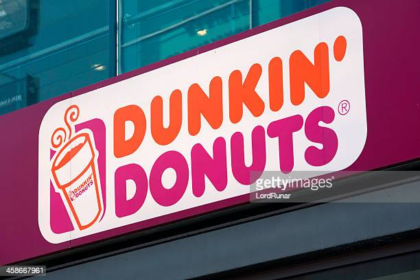 dunkin' donuts - dunkin' stock pictures, royalty-free photos & images