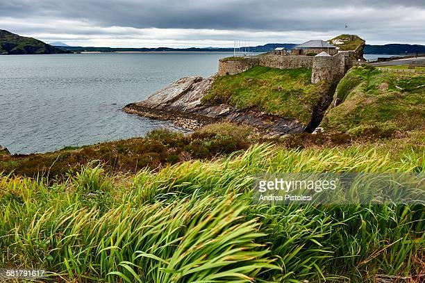 dunree head fort, inishowen, ireland - contea di donegal foto e immagini stock
