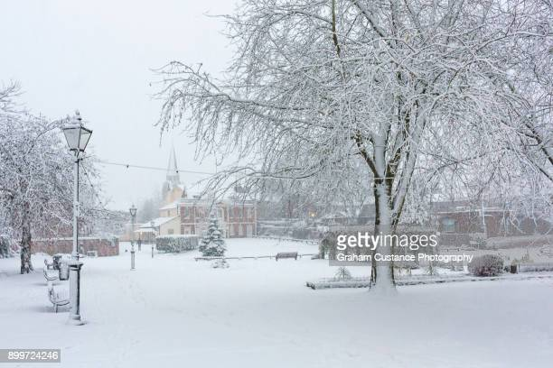 dunstable in winter - bedfordshire stock photos and pictures