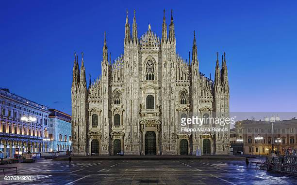 Duomo di Milano at sunrise