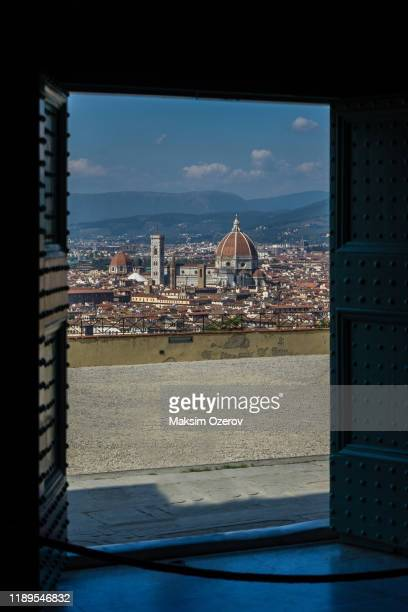 duomo of florence seen from san miniato abbey - san miniato stock pictures, royalty-free photos & images