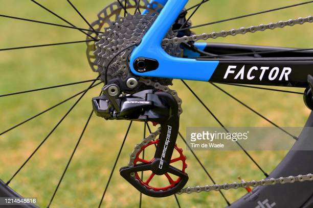 Dura-Ace Rear Derailleur / Ceramic Speed / Derailleur pulley / Cassette / Rear Dropout / Factor Chainstays / Andre Greipel of Germany and Team Israel...