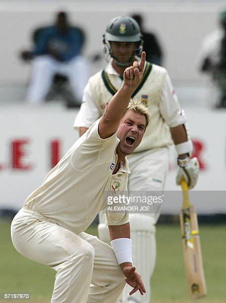 Australian bowler Shane Warne makes an unsuccessful LBW appeal on South Africa's batsman Ashwell Prince 28 March 2006 on the last day of the 2nd 5day...