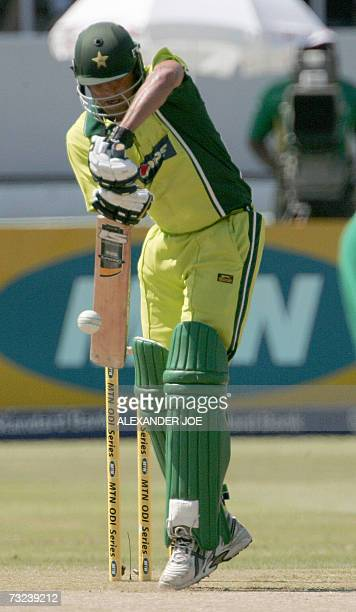 Pakistan's batsman Younis Khan plays a shot off the ball of South Africa's bowler Makhaya Ntini in Durban at Kingsmead Stadium 07 Febuary 2007 During...