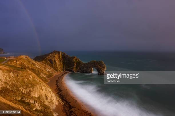 durdle door - geology stock pictures, royalty-free photos & images