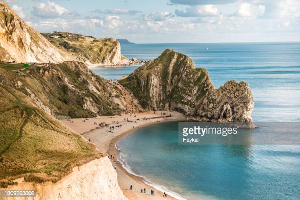 durdle door - dorset england stock pictures, royalty-free photos & images