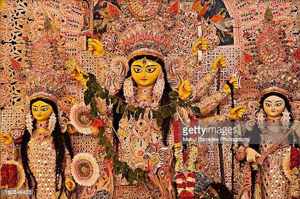 durga idol, durga puja celebration, delhi - dussehra - fotografias e filmes do acervo