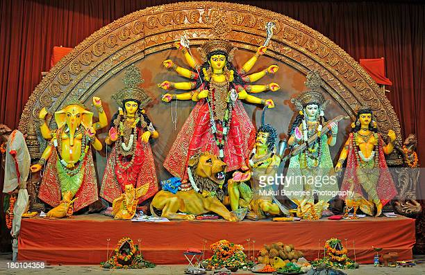 durga idol, durga puja celebrations, new delhi - durga stock photos and pictures