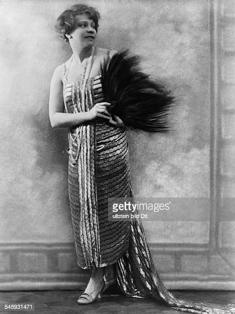 Durieux Tilla Actress Austria*18081880nee Ottilie Godefroy Photographer Becker Maass Published by 'Berliner Illustrirte Zeitung' 07/1921Vintage...