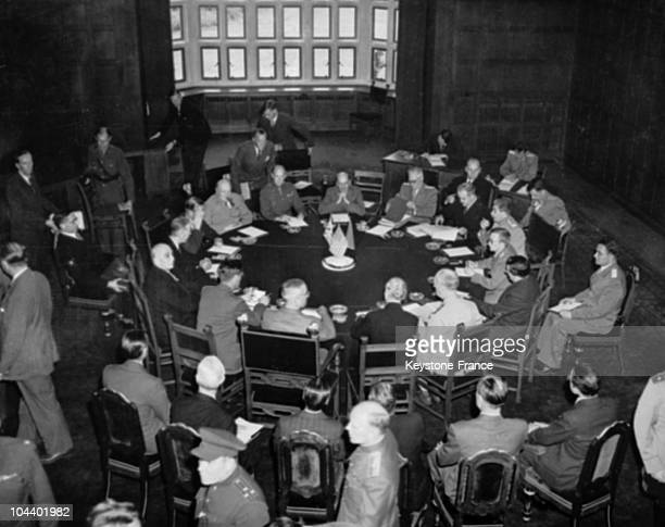 During an conference July 17 to August 2, 1945 in a room of the Sans-Souci chateau, British Prime Minister Winston CHURCHILL , Generalissimo STALIN...