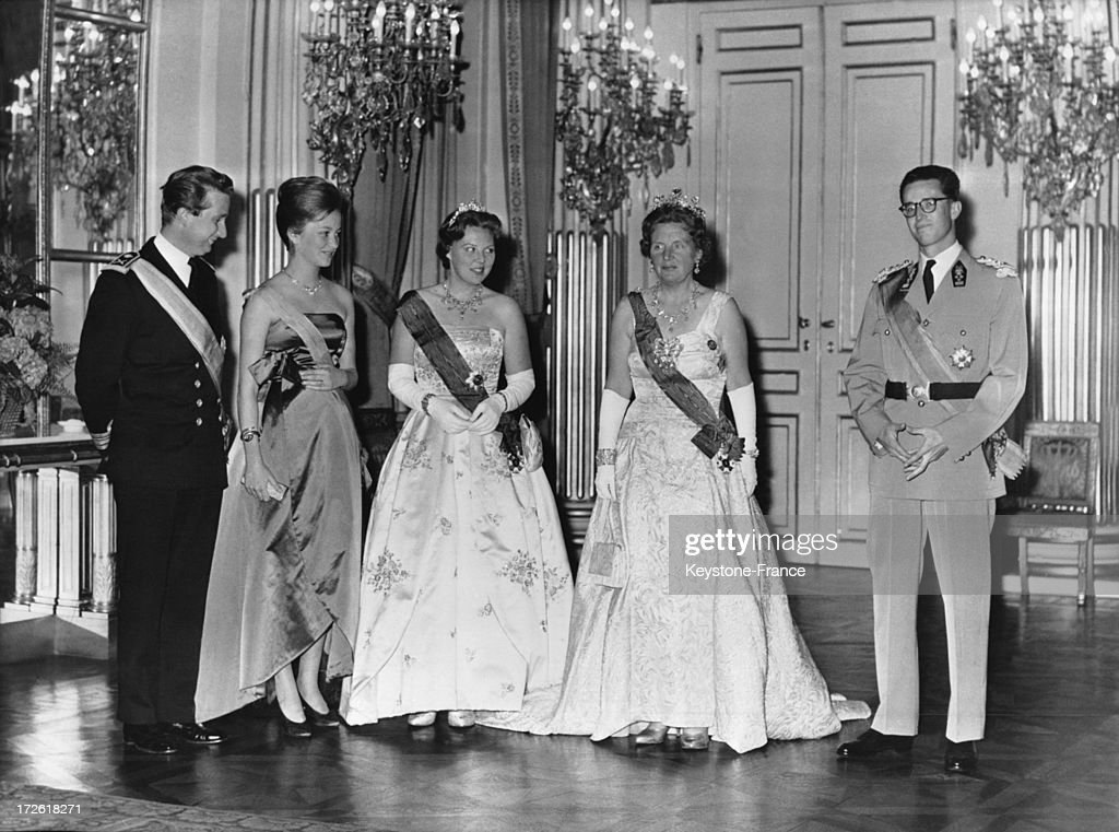 During an official visit, Queen Juliana and her daughter Princess Beatrix with King Baudoin, Prince Albert and Princess Paola during the reception at the Royal Palace on June 1, 1960 in Brussels, Belgium.
