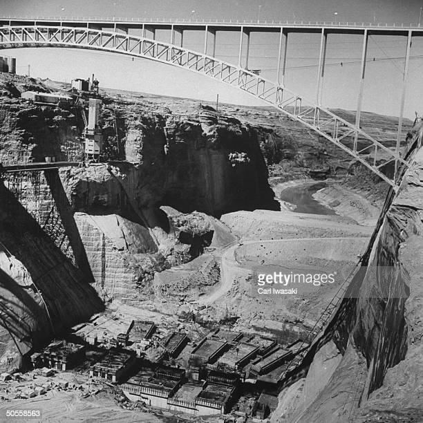 During construction of the Glen Canyon Dam