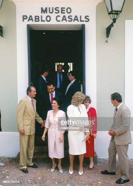 During his official trip to Puerto Rico the Spanish Kings Juan Carlos and Sofia visit the Pablo Casal Museum accompanied by the widow of the cellist...