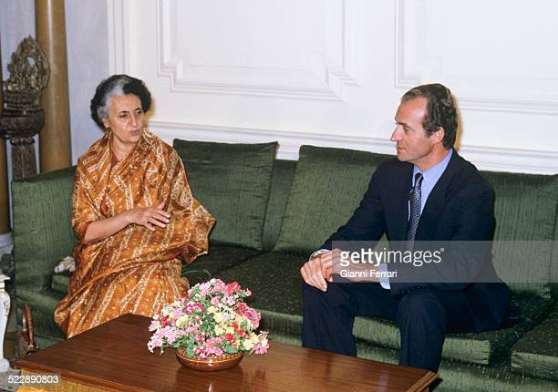 During his trip to India the Spanish King Juan Carlos of Borbon in a meeting with the Indian Prime Minister Indira Gandhi 25th January 1982 New Delhi