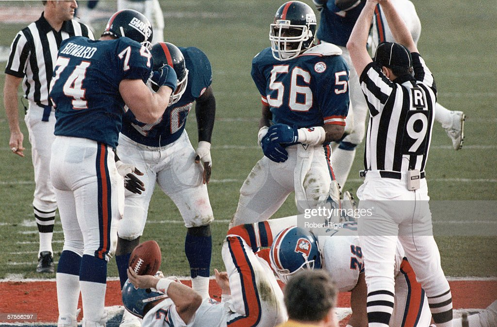 Safety During Super Bowl XXI : News Photo