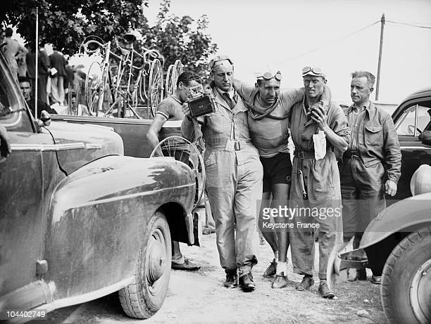 During the 4th stage of the Tour de France from Dinard to La Rochelle the Italian racer Umberto DREI fell during the last kilometer He is being taken...