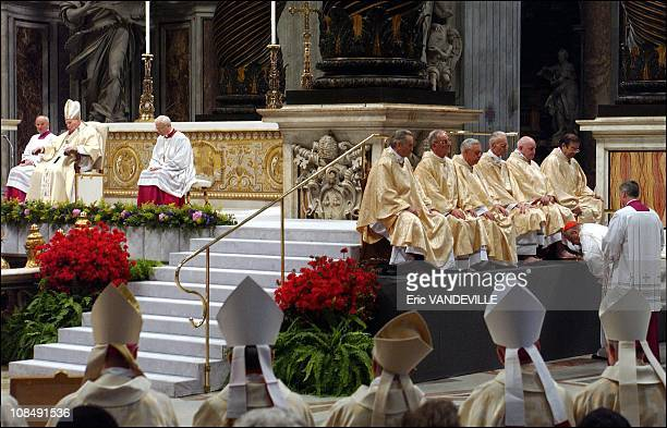 During the celebration top cardinals performed the ritual washing and kissing of the feet of priests, a ritual symbolizing humility, Jesus' washing...