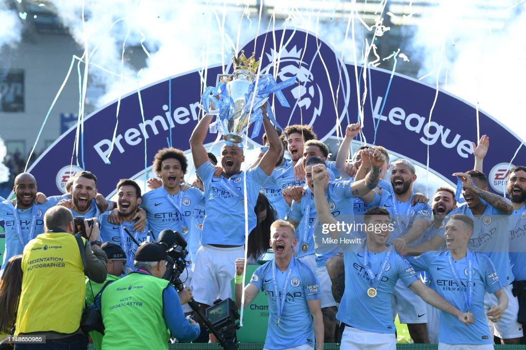 Brighton & Hove Albion v Manchester City - Premier League : Fotografía de noticias