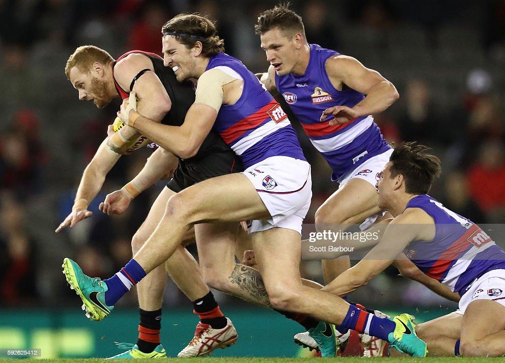 AFL Rd 22 - Essendon v Western Bulldogs : News Photo