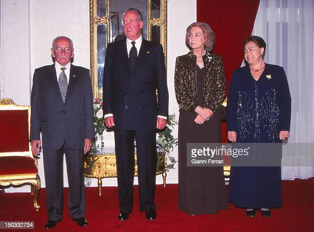 During their official visit to Bolivia the Spanish King Juan Carlos and Sofia with Bolivian President Hugo Banzel Suarez and his wife before a gala...