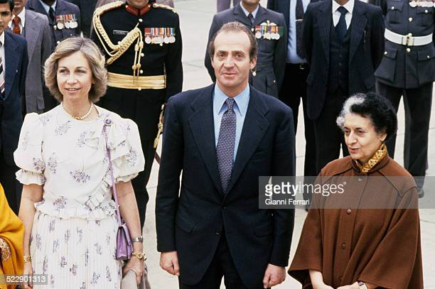 During their trip to India the Spanish Kings Juan Carlos of Borbon and Sofia of Greece are greeted at the airport of New Delhi by Prime Minister...