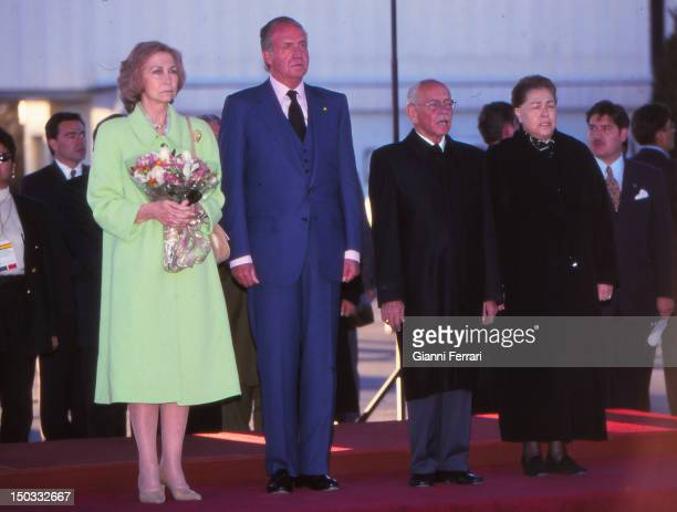 During their visit to Bolivia the Spanish Kings Juan Carlos and Sofia on arrival at the airport of Potosi 20th July 2000 Bolivia
