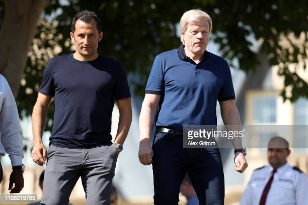 DuringOliver Kahn and Hasan Salihamidzic attend a training session on day five of the FC Bayern Muenchen winter training camp at Aspire Academy on...