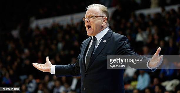 Dusan Ivkovic Head Coach of Anadolu Efes Istanbul in action during the Turkish Airlines Euroleague Basketball Top 16 Round 6 game between Anadolu...
