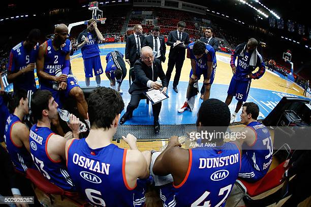 Dusan Ivkovic Head Coach of Anadolu Efes Istanbul speaks to his team during the Turkish Airlines Euroleague Basketball Top 16 Round 1 game between...