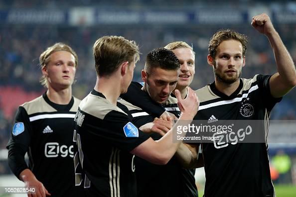 Dusan Tadic Of Ajax Celebrates 0-3 With Frenkie De Jong Of