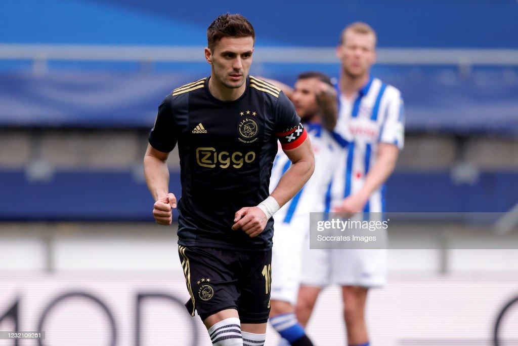 SC Heerenveen v Ajax - Dutch Eredivisie : ニュース写真