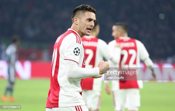 Dusan Tadic of Ajax celebrates his second goal during the UEFA Champions League Group E match between Ajax and FC Bayern Munich at Johan Cruyff Arena...