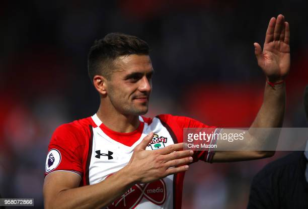 Dusan Tadic of Southampton shows appreciation to the fans after the Premier League match between Southampton and Manchester City at St Mary's Stadium...