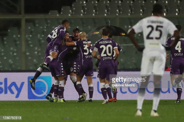 Dusan Vlahovic of ACF Fiorentina celebrates after scoring a goal during the Serie A match between ACF Fiorentina and FC Crotone at Stadio Artemio...