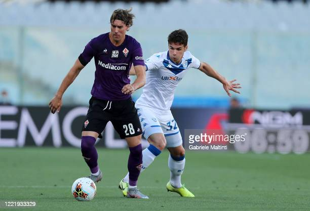 Dusan Vlahovic of ACF Fiorentina in action during the Serie A match between ACF Fiorentina and Brescia Calcio at Stadio Artemio Franchi on June 22,...
