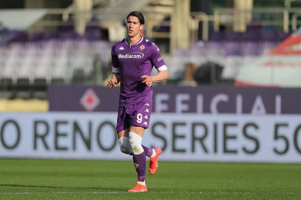 Dusan Vlahovic of ACF Fiorentina in action during the Serie A match between ACF Fiorentina and Parma Calcio at Stadio Artemio Franchi on March 7,...