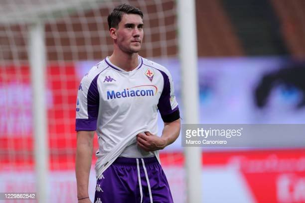 Dusan Vlahovic of Acf Fiorentina looks on during the Serie A match beetween Ac Milan and Acf Fiorentina. Ac Milan wins 2-0 over Acf Fiorentina.
