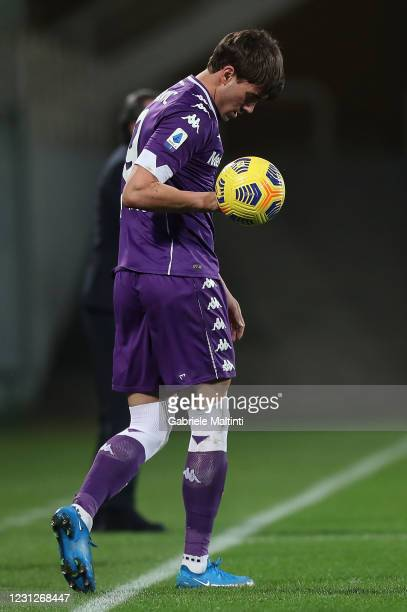 Dusan Vlahovic of ACF Fiorentina reacts during the Serie A match between ACF Fiorentina and Spezia Calcio at Stadio Artemio Franchi on February 19,...