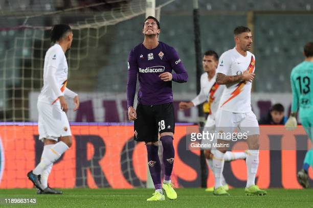 Dusan Vlahovic of ACF Fiorentina shows his dejection during the Serie A match between ACF Fiorentina and AS Roma at Stadio Artemio Franchi on...