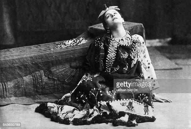 Duse Eleonora *03101858Schauspielerin I in Shakespeares 'Cleopatra' 1925
