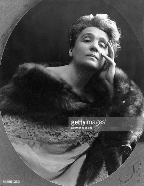 Duse Eleonora *03101858Schauspielerin Italien Portrait 1903 identisch mit Bild