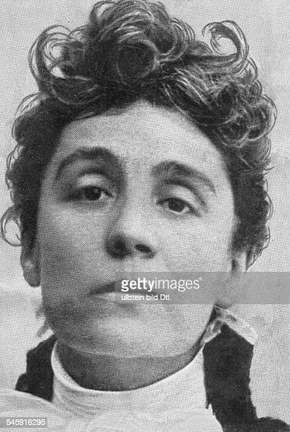 Duse Eleonora actress Italy portrait no date