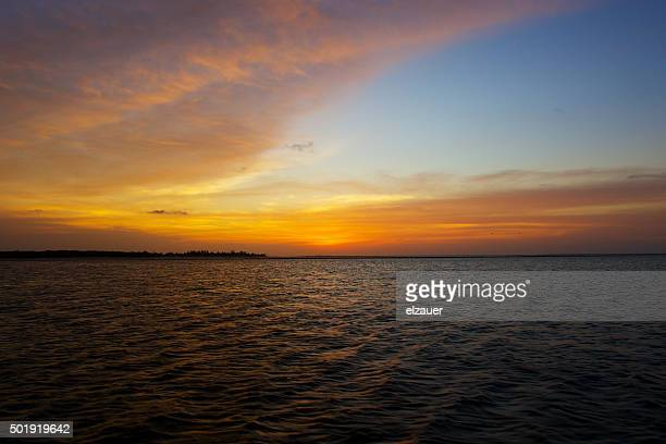 dusk at the lencois maranhenses - barreirinhas stock pictures, royalty-free photos & images
