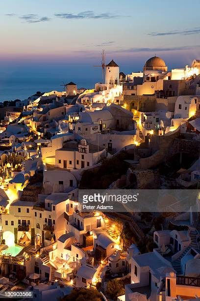 dusk, oia santorini cyclades islands, greece - peter adams stock pictures, royalty-free photos & images