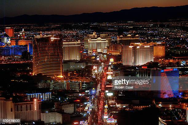 dusk view of las vegas strip from stratosphere tower - wynn las vegas stock pictures, royalty-free photos & images