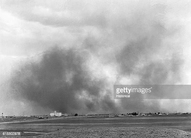 Dust storm approaching Lubbock Texas in May 1939
