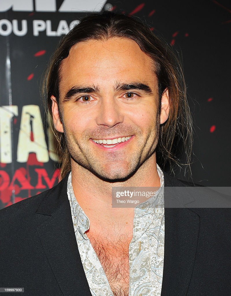 Dustin Clare attends 'Spartacus: War Of The Damned' Series Finale Premiere at MOMA on January 24, 2013 in New York City.