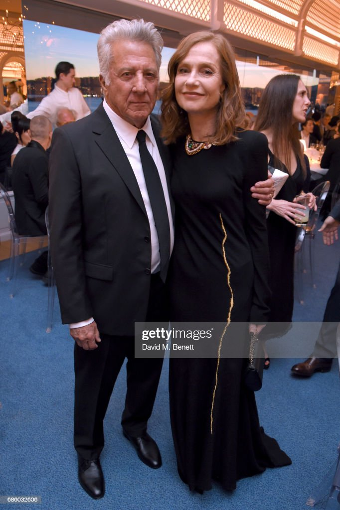 Dustin Hoffman (L) and Isabelle Huppert attend the Vanity Fair and HBO Dinner celebrating the Cannes Film Festival at Hotel du Cap-Eden-Roc on May 20, 2017 in Cap d'Antibes, France.