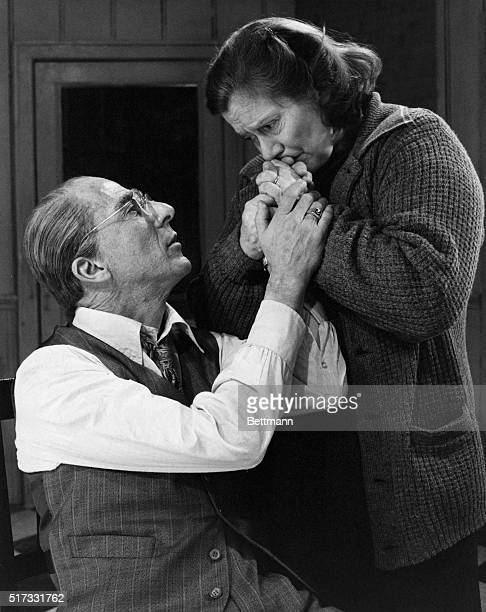 Dustin Hoffman as Willy Loman enjoys a tender moment with Kate Reid in DEATH OF A SALESMAN Reid plays Loman's wife Linda in the production Written by...