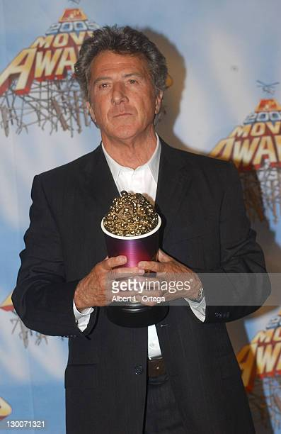 Dustin Hoffman wins the award for Best Comedic Performance in Meet The Fockers